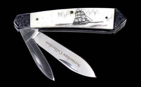 Scrimshaw Collection Two Blade Knife