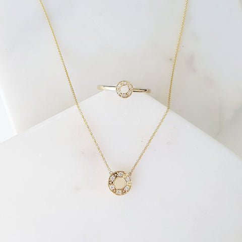Halo Necklet