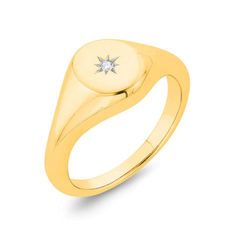 9k Oval Top Star Set Diamond Signet Ring