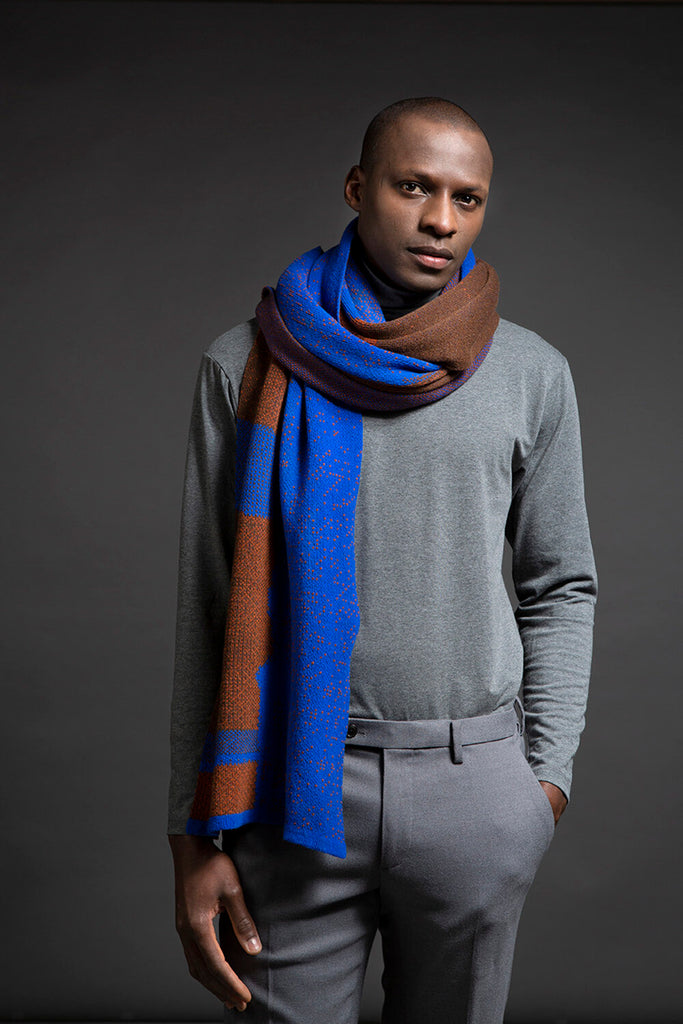 WOLVIS 6th of October '18 scarf electric blue cognac sepia brown