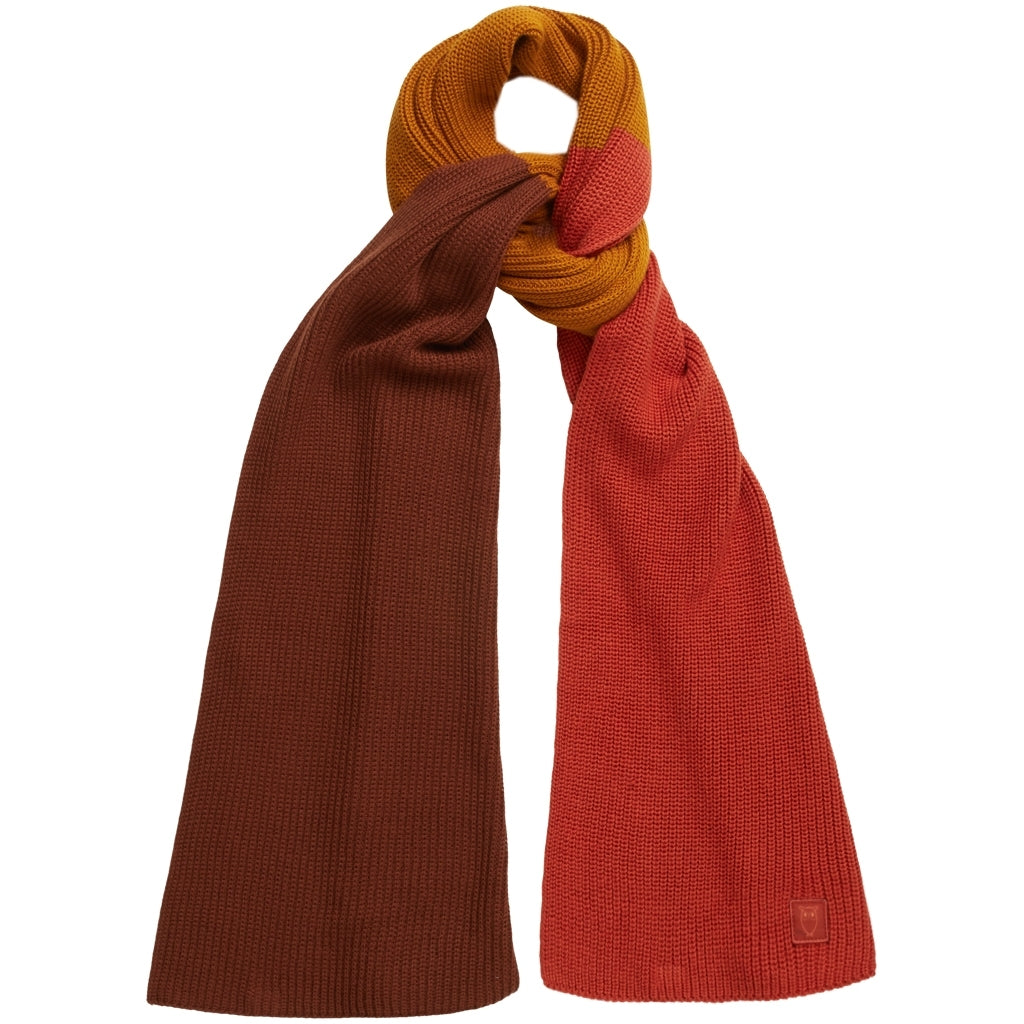 KCA 82253 Juniper colored ribbing scarf 1308 Rust