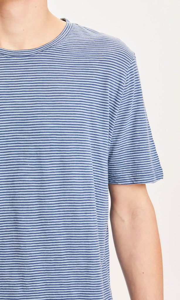 KCA 10563 Alder narrow striped tee 1188 dark denim men