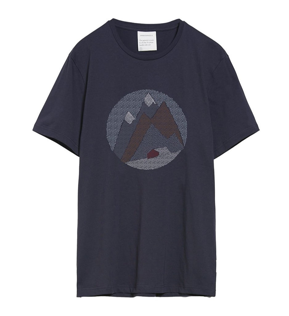 ARMEDANGELS Jaames Graphic mountain T-shirt depth navy