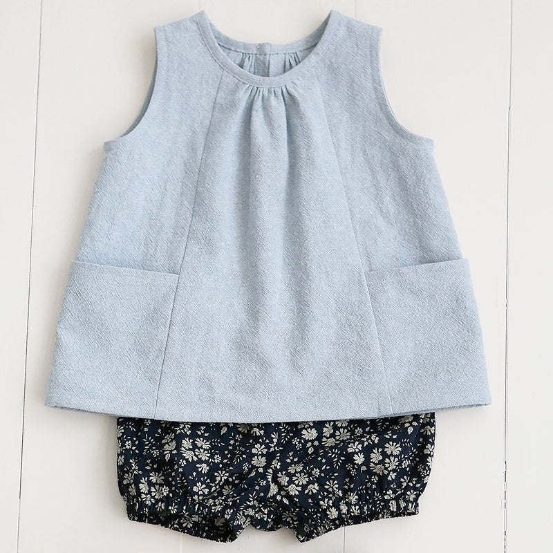 products/Child_Smock_1_1024x1024_83e2a5e4-34c0-439f-8fd3-6cf42b874d9e.jpg