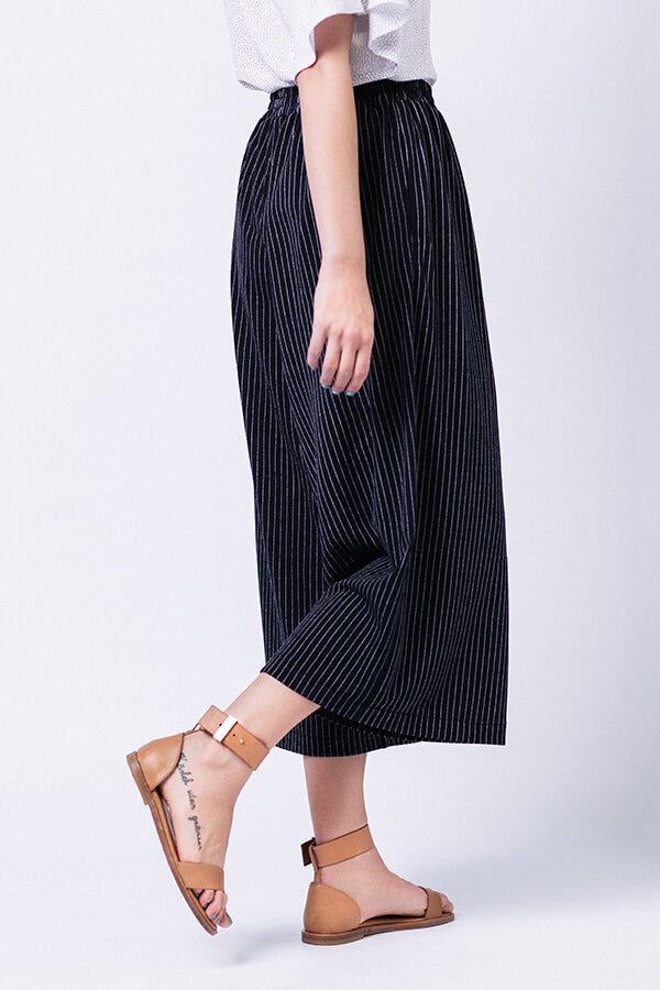 products/Ninni_Culottes3.jpg