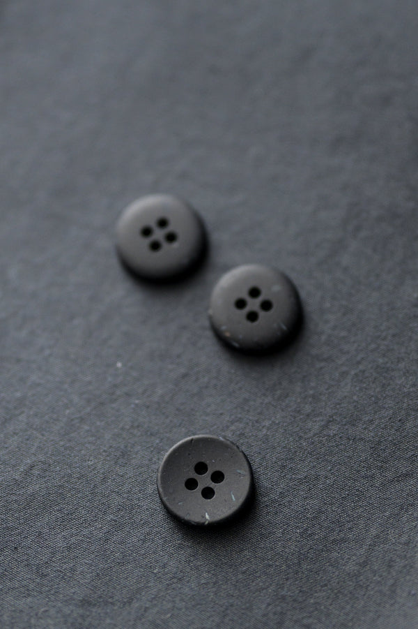 Inky - Speckles Recycled Button - Merchant & Mills - 18mm