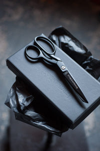 "Matte Black 8"" Scissors - Merchant & Mills"