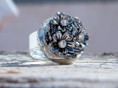 Flower White Crystal Ring Silver Plated