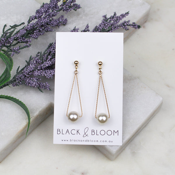 MARLOW EARRINGS - Black & Bloom