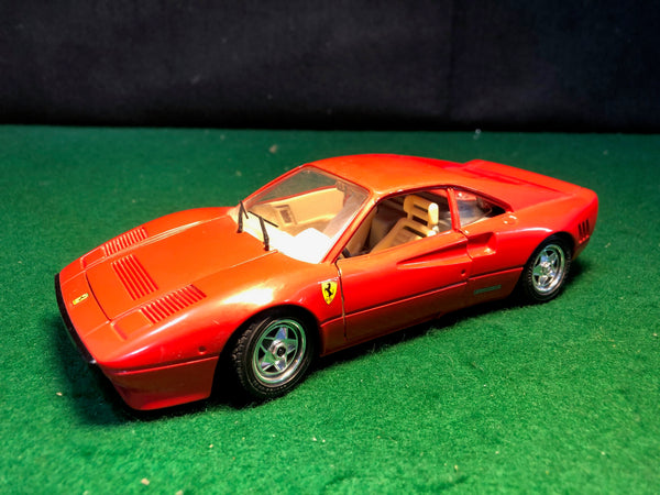 ferrari_288_gto_red_by_bburago_1-24_(0192)(no_box)-1_at_albaco.com
