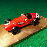 ferrari_500_f2_1952_world_champion_alberto_ascari_by_brumm_1-43_(r044)(dc)-1_at_albaco.com