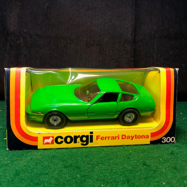 ferrari_365_gtb/4_daytona_green_by_corgi_toys_1-36_(300)-1_at_albaco.com