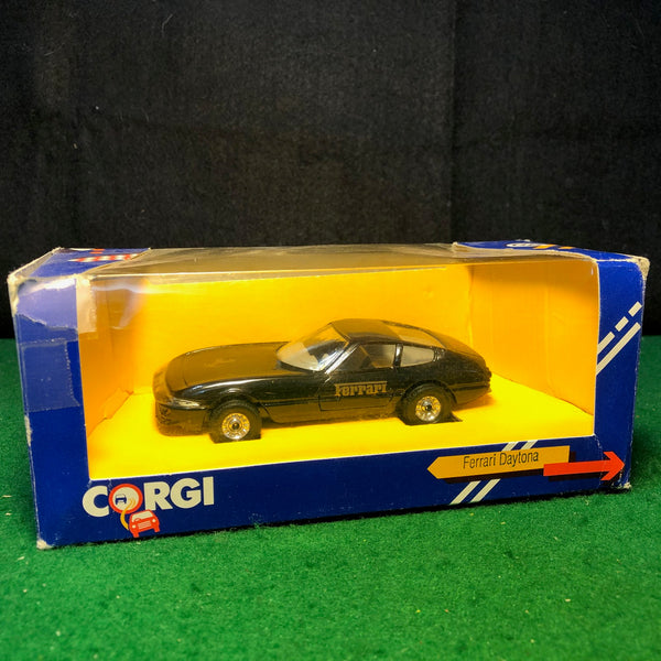 ferrari_365_gtb/4_daytona_black_by_corgi_toys_1-35_(431)-1_at_albaco.com
