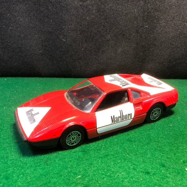 ferrari_288_gto_marlboro_racing_by_guiloy_1-24_(64500)(no_box)-1_at_albaco.com