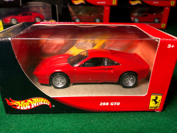 ferrari_288_gto_red_by_hotwheels_1-43_(53411)-1_at_albaco.com