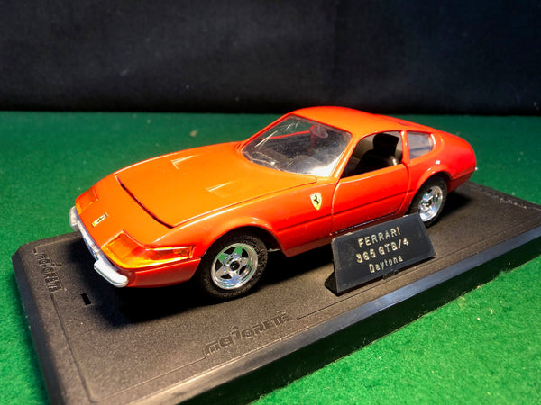 ferrari_365_gtb/4_daytona_red_by_majorette_1-24_(4103)(no_box)-1_at_albaco.com
