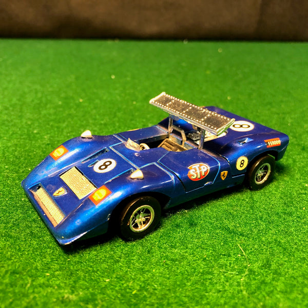 ferrari_can-am_n_8_blue_by_mebetoys_1-43_(6601)(no_box)-1_at_albaco.com