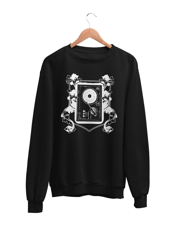 Sweatshirt with Turntable Patterns