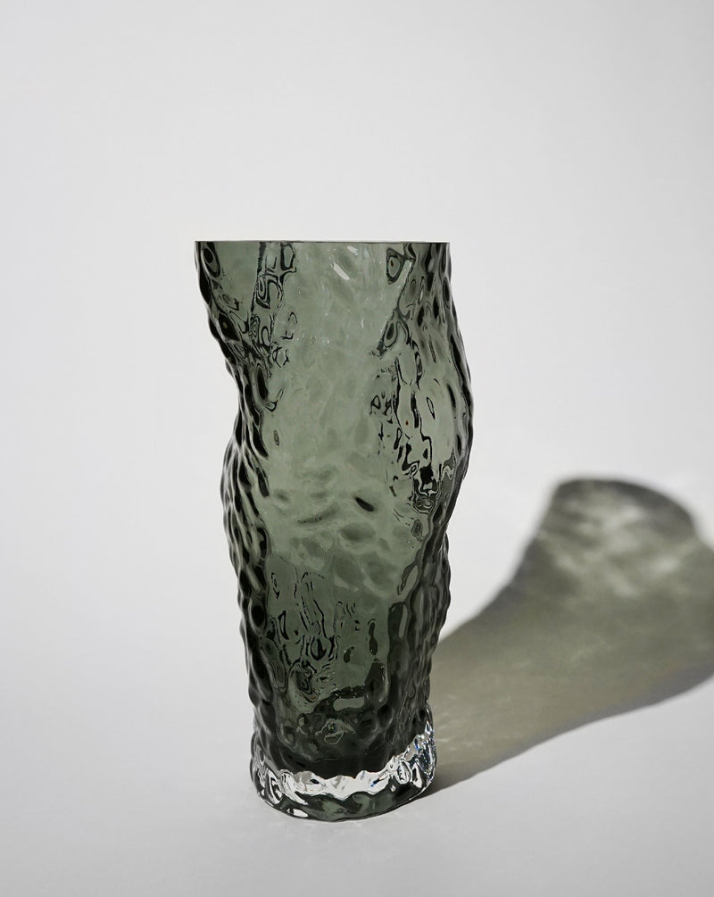Ostrea ROCK Glass Vase / Midnight Blue