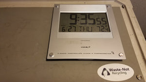 VWR Traceable Radio Controlled Clock/Thermometer (Wall Mount)