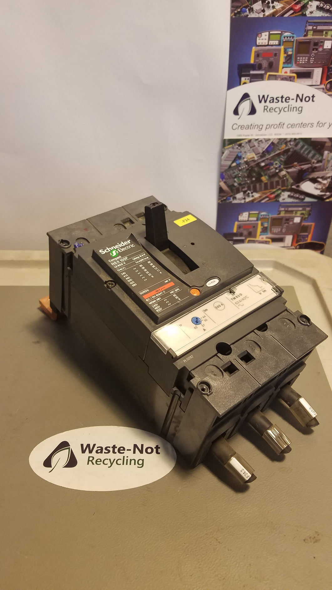 Schneider Electric NSK 100F Compact Moulded Cicruit Breaker