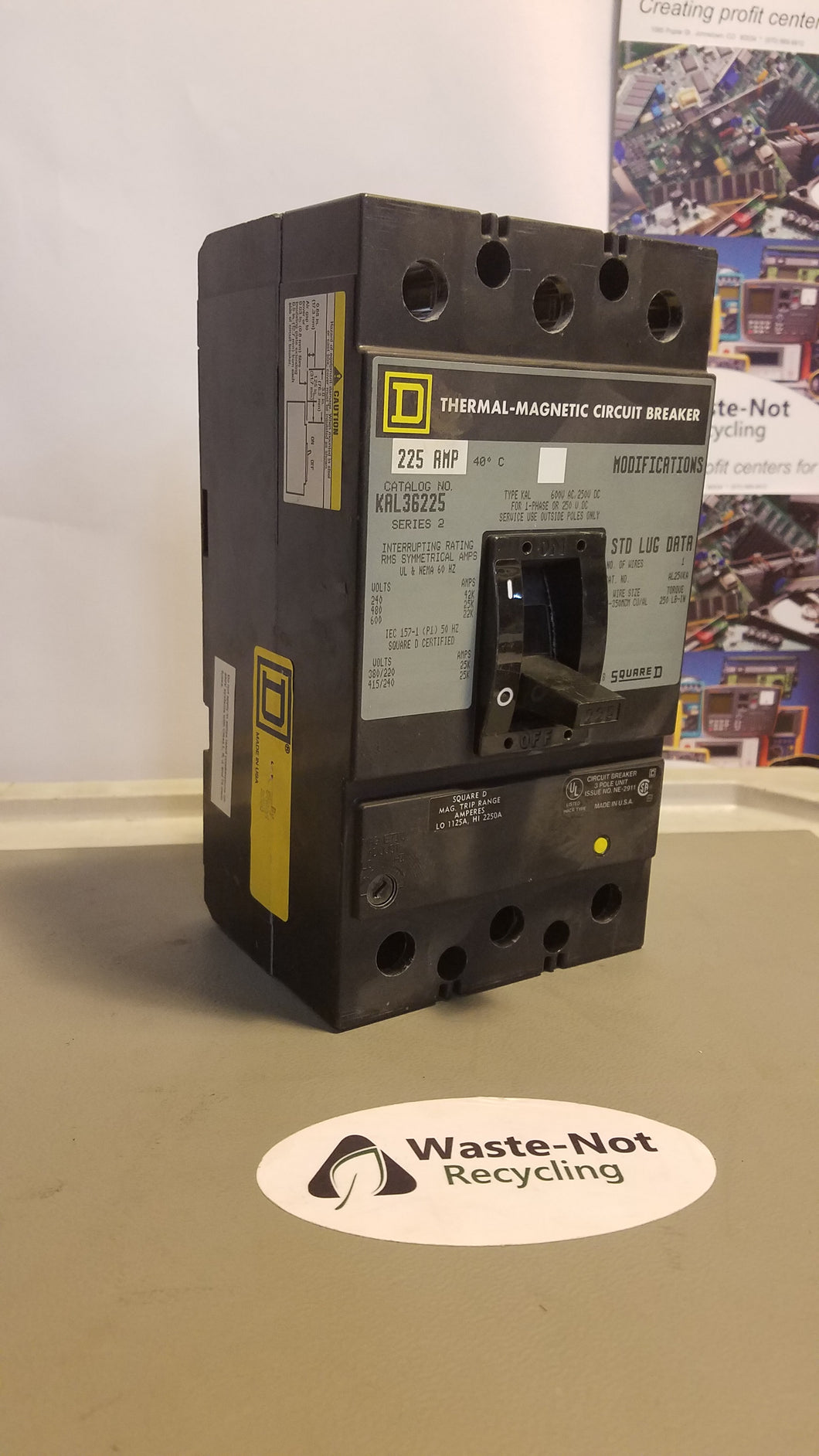 Square D 3-Pole Thermal Magnetic Circuit Breaker KAL36225