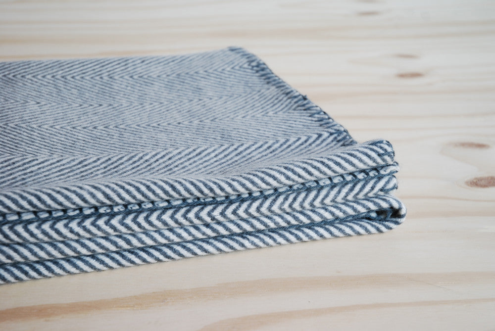 Linum Empire Throw