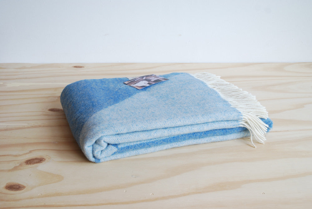 Tina Ratzer Focus on Twill Throw Jeans Blue