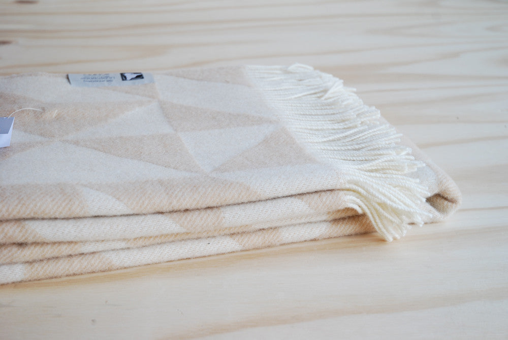 Tina Ratzer Twist-a-Twill Throw Creme