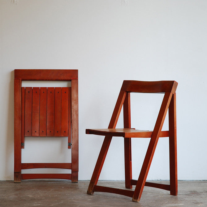 Fold-up Chairs