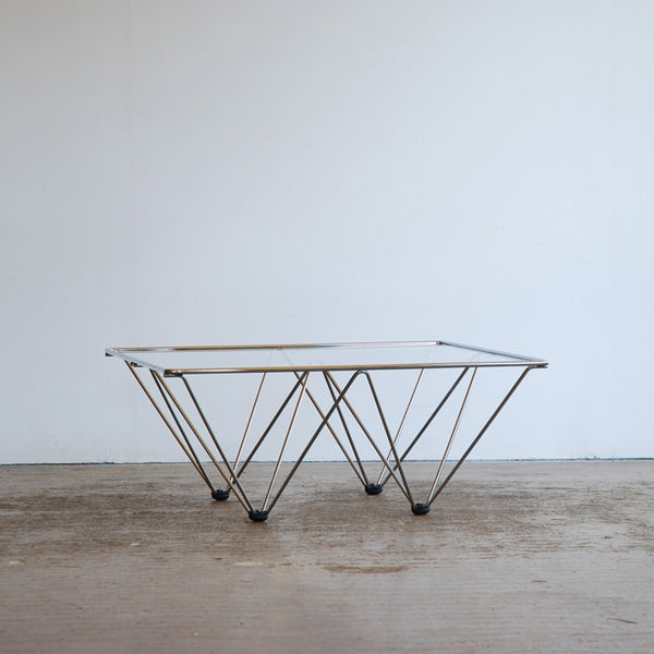 Geo Hairpin Table after Paolo Piva