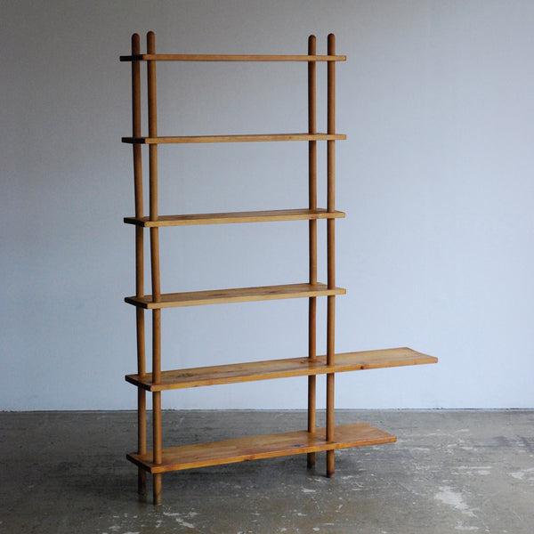 Stokkenkast Shelving Unit
