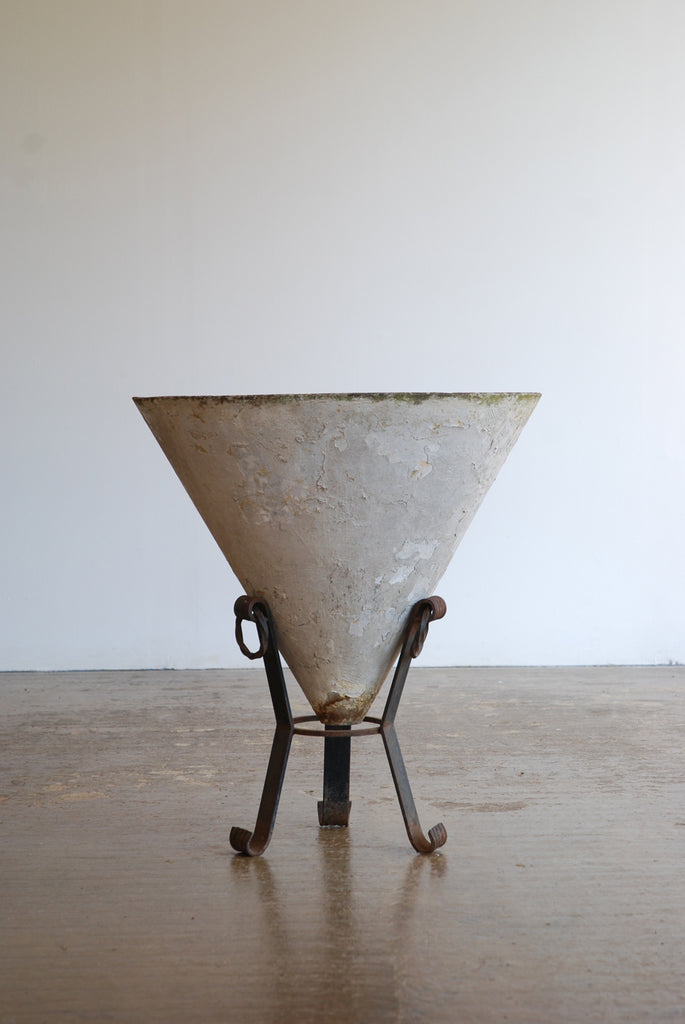 Conical Planter on Stand