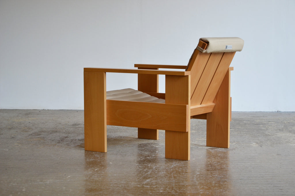 Gerrit Rietveld Crate Chair