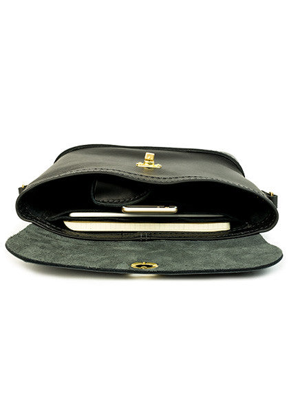 Purse: Full-Leather Black