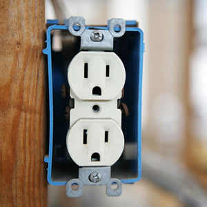 Install Electrical Outlet >> Electrical Outlet Installation Above Fireplace