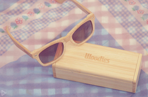 light shade wooden sunglasses with wooden box
