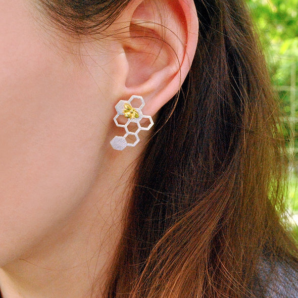 Elise Beautiful Bee and Honeycomb Sterling Silver Earrings - Nature Reflections