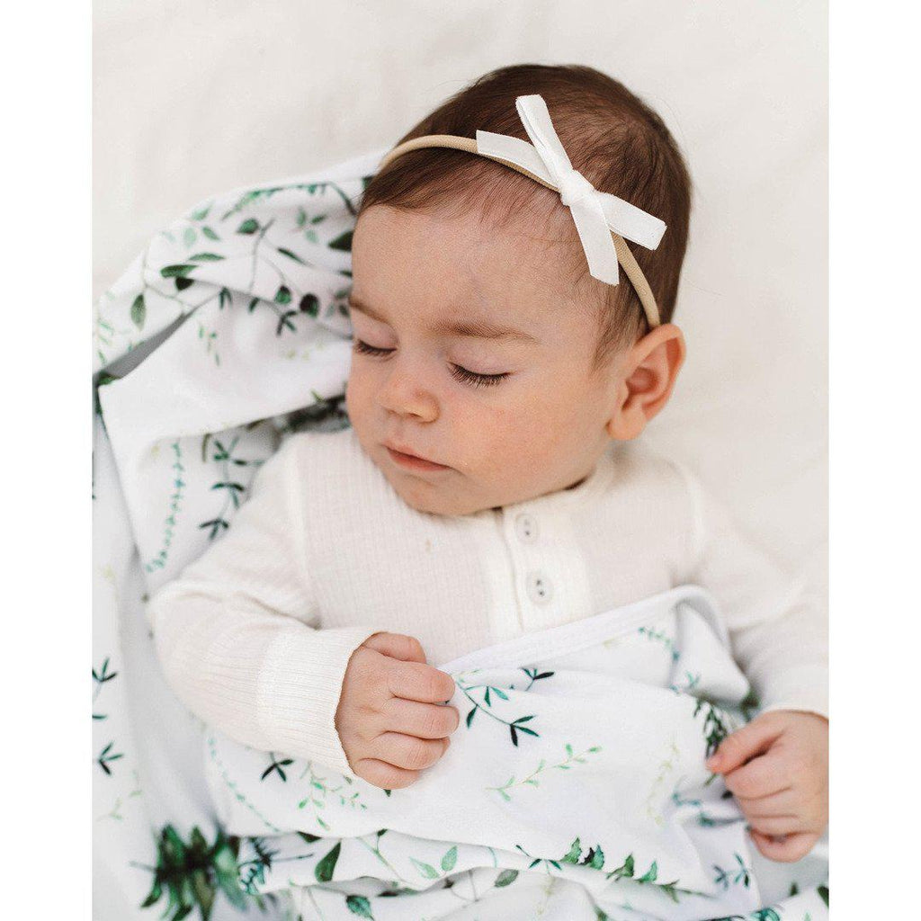 baby headband | velvet bow | white - MUMMA + BUBBA COLLECTIVE