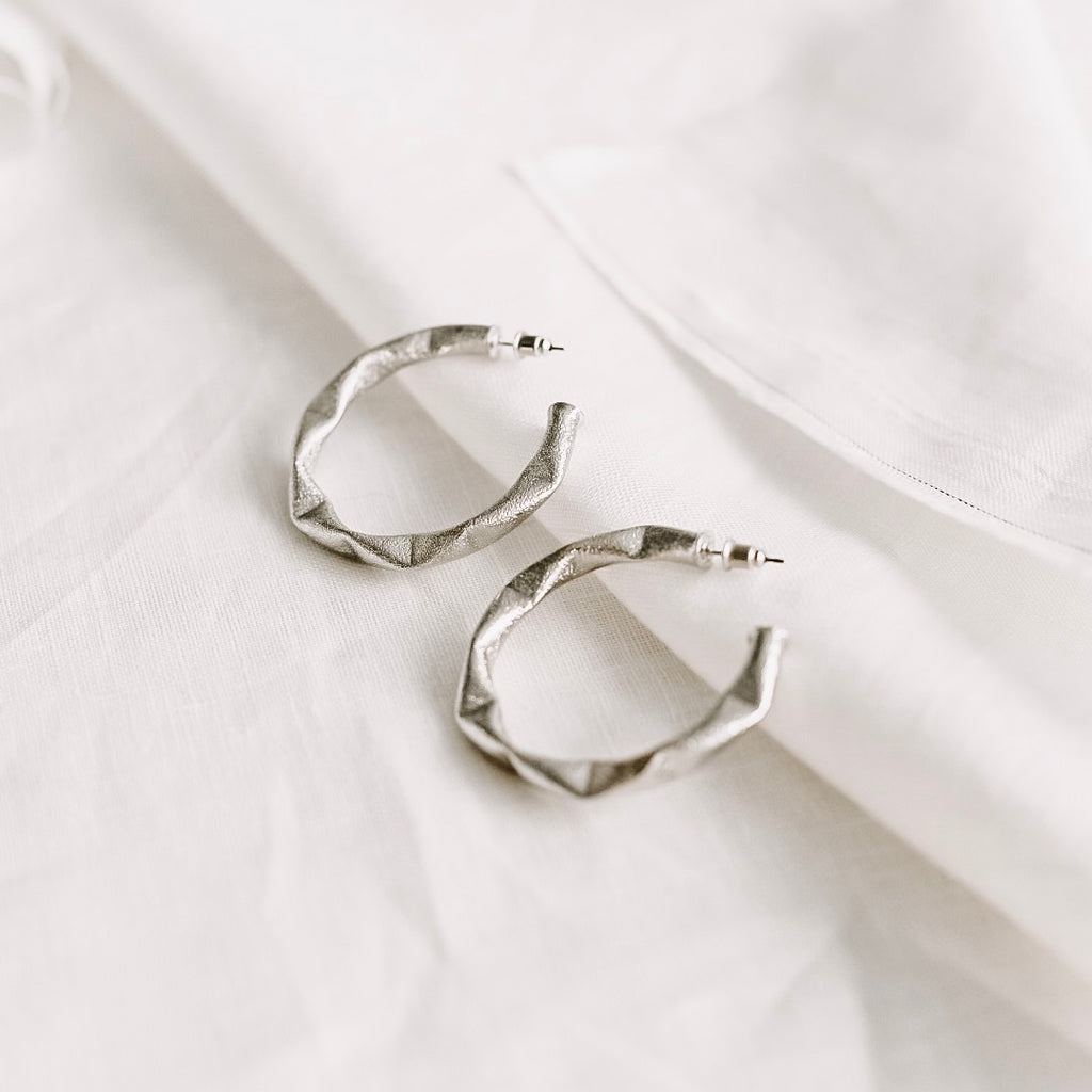 Sable & Dixie Kendall Silver Hoops