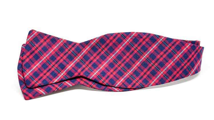 Holiday Plaid Bow Tie No. 825