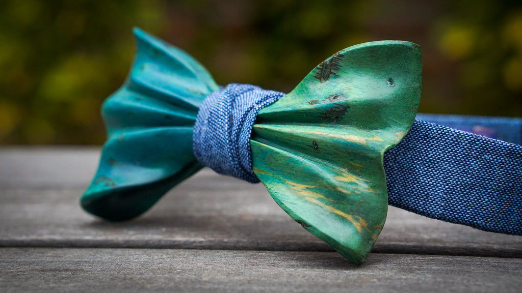 Wooden Bow Tie No. 726