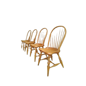 Set van vier vintage Windsor bow back spijlenstoelen