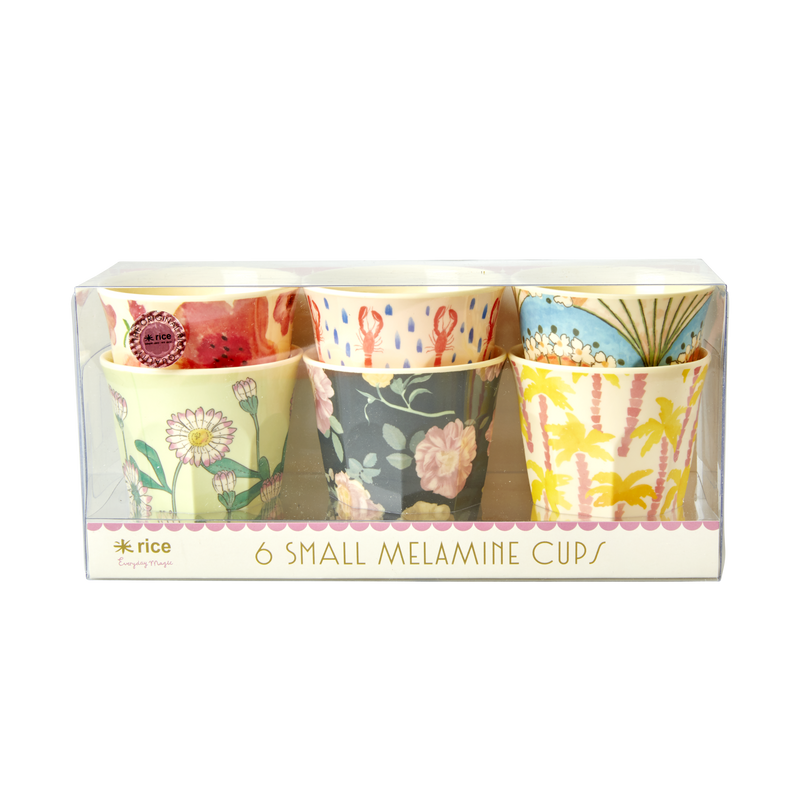 Melamine cups in assorted 'Happy 21st' print Small