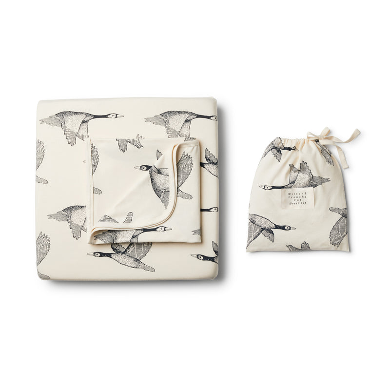 Organic Lets Fly Away Cot Set - Wilson and Frenchy