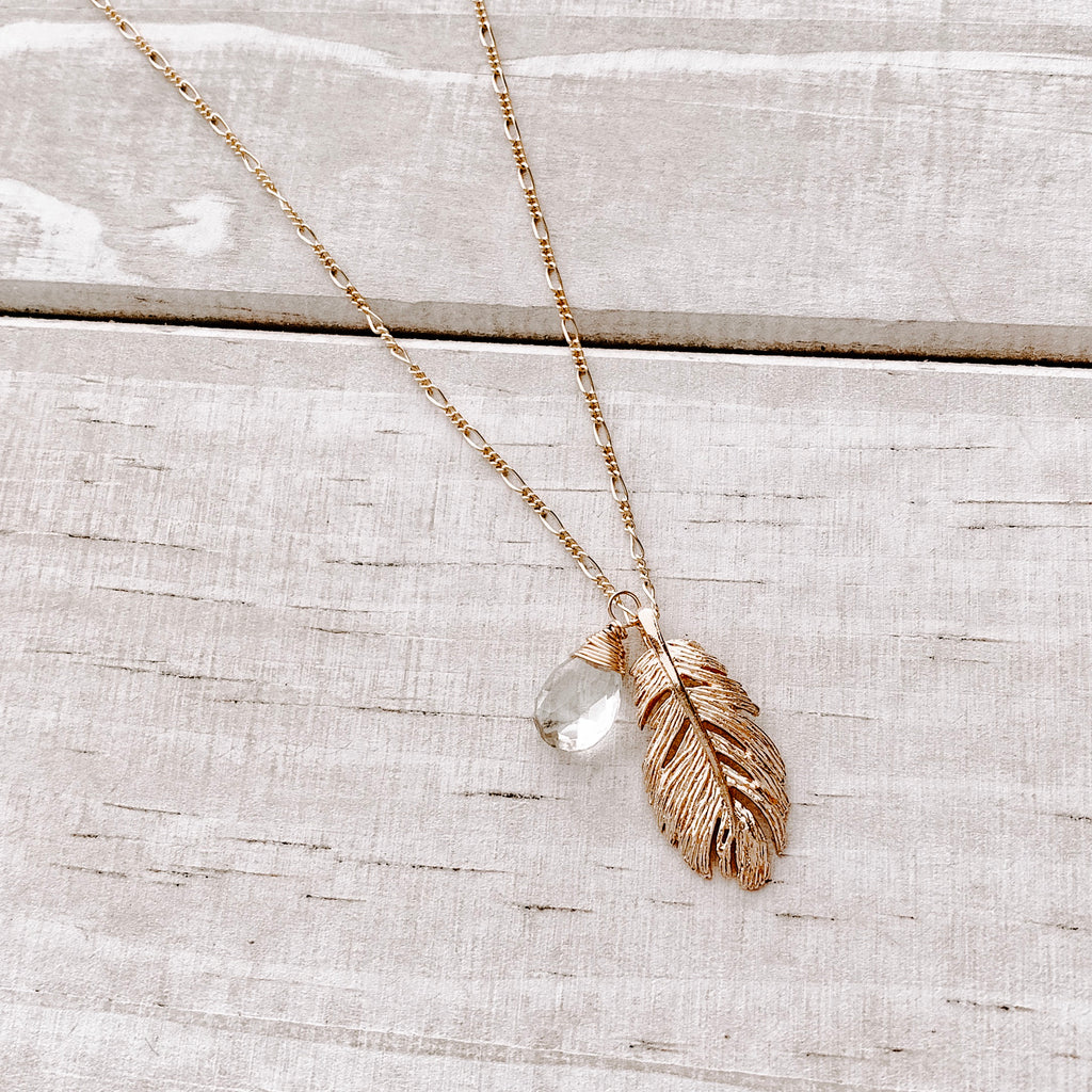 LITTLE GOLD FEATHER NECKLACE