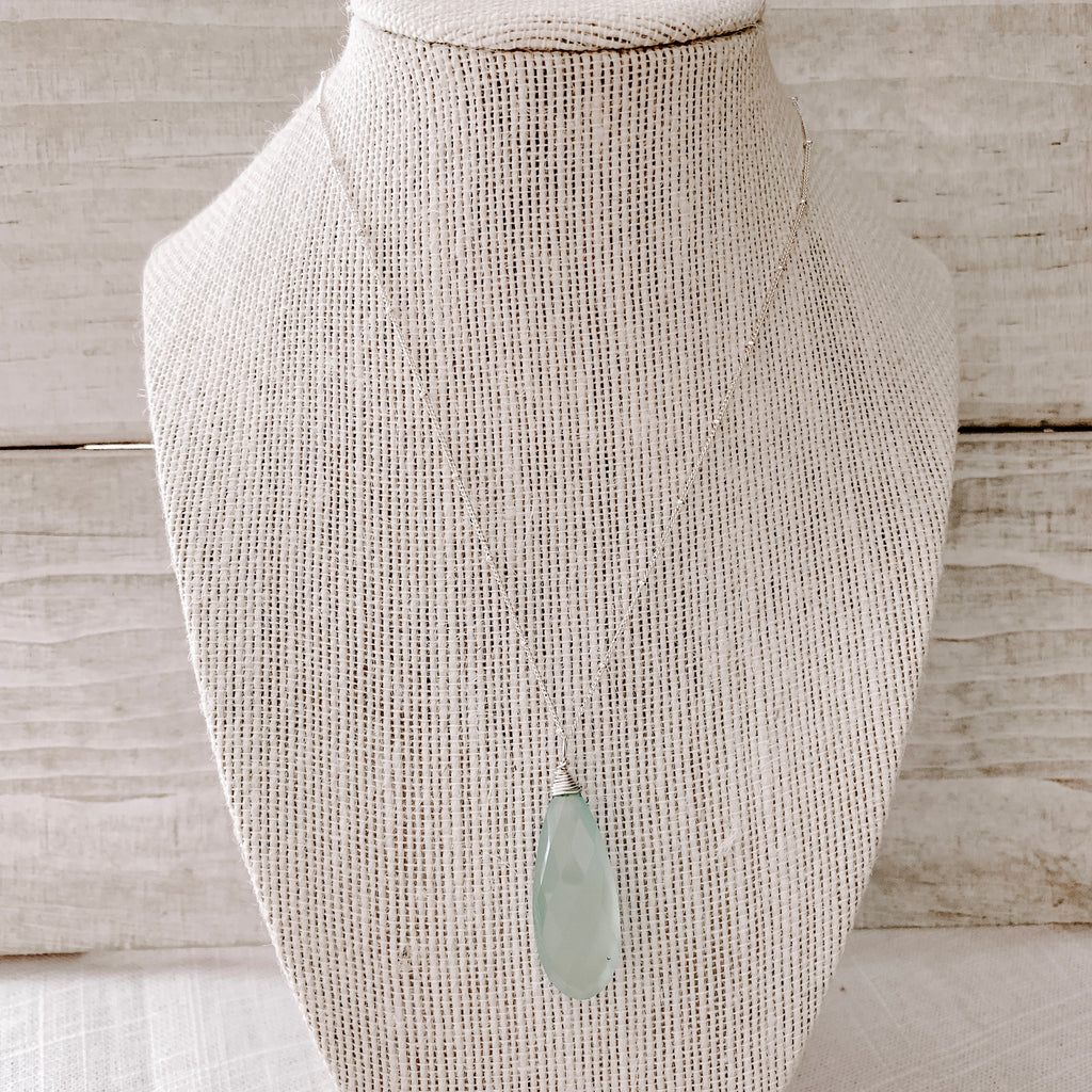 AQUA PEAR NECKLACE