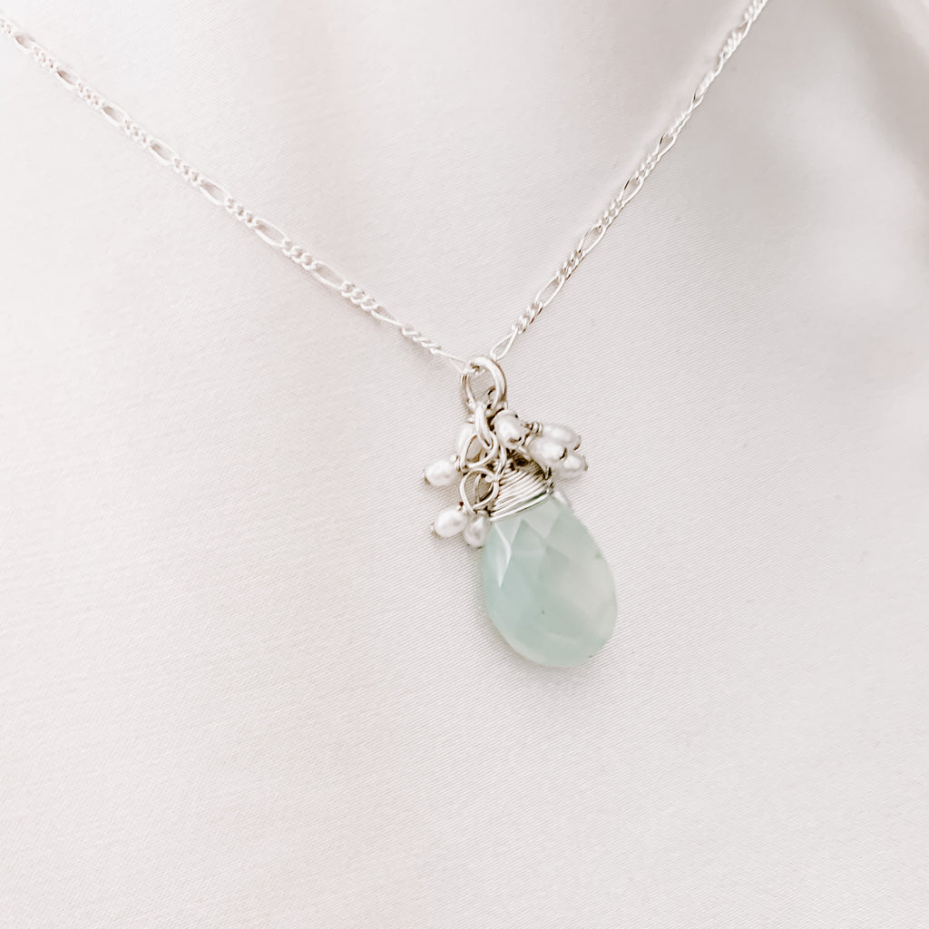 BLUE HERON CHALCEDONY NECKLACE