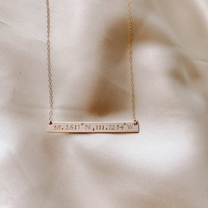 YARDLEY BAR NECKLACE