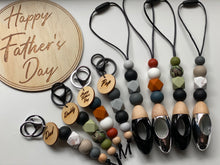 Load image into Gallery viewer, Fathers Day Keychain